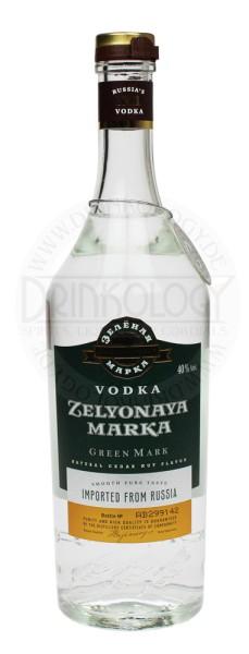 Green Mark Cedar Nut Vodka 1,0L 40%